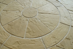 Easypave Dalepave Quarrystone Circle - <p>