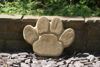 Animal Paw Stepping Stones 400 x 300mm Multi Pack: